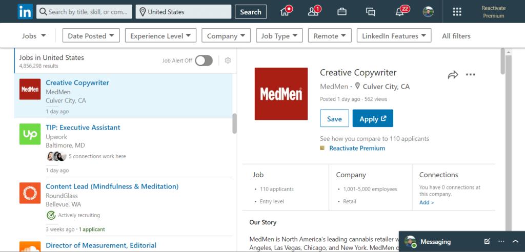 How does a job post on LinkedIn jobs look like?